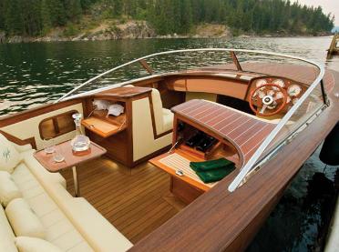 King Of Boat Decking